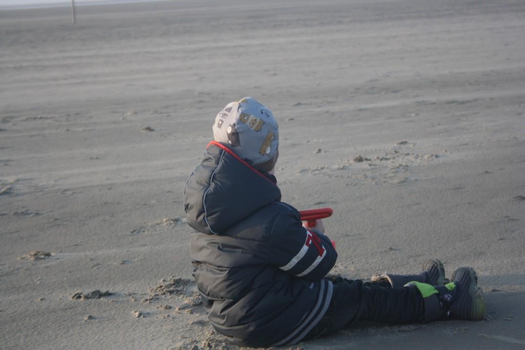 Maximilian am Strand