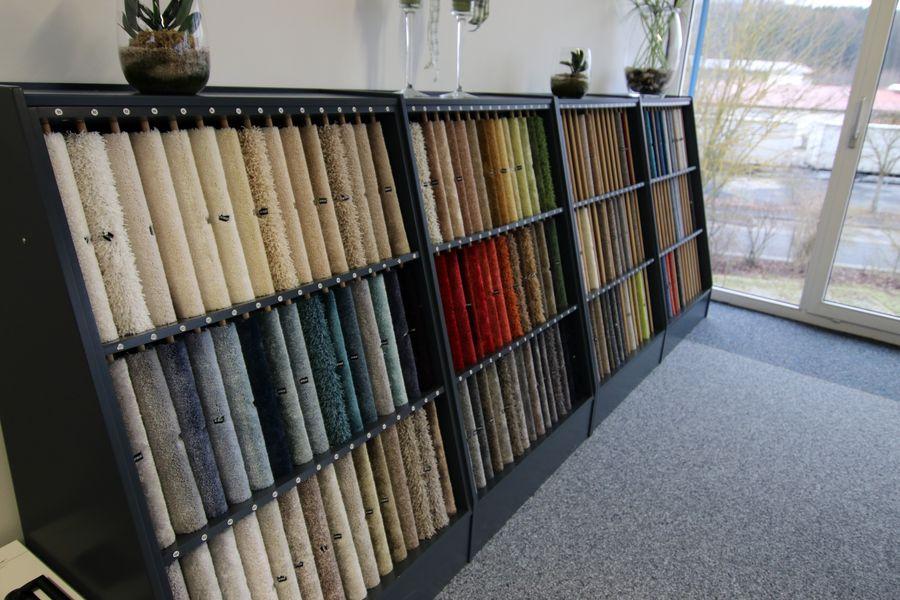 Auswahl verschiedenster Teppiche